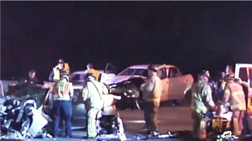 Vehículo entra contrario al Palmetto Expressway provocando aparatoso accidente; ambas conductoras son hospitalizadas