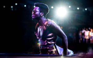 El cantante y compositor cubano Cimafunk entre los diez artistas latinos que Billboard recomienda