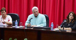 """En medio de la tragedia en La Habana Díaz-Canel llama a participar en la """"marcha de las antorchas"""""""