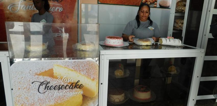 """En medio de la crisis con los alimentos, abren """"La Casa del Cheesecake Santiaguero"""", única de su tipo en la Isla"""
