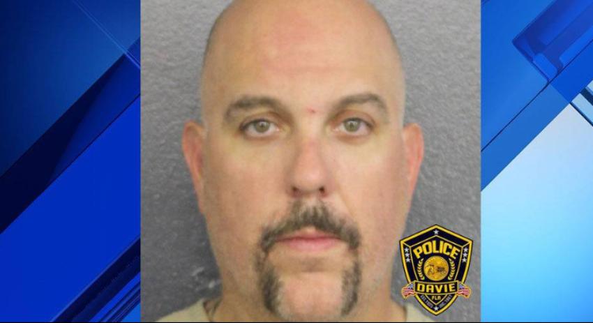Bombero del sur de la Florida provocó un accidente múltiple, por conducir borracho y bajo efectos de droga