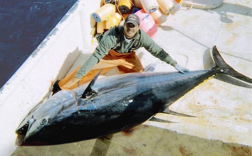 Venden atún rojo en Japón por más de 3 millones de dólares