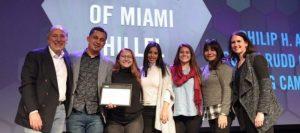 Honran a la Universidad de Miami Hillel con el Premio al Campus Sobresaliente