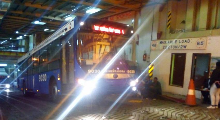 El puerto de La Habana recibe 89 autobuses chinos para modernizar la flota del transporte de pasajeros