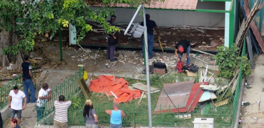 Retiran cajeros automáticos en Carlos III, vecinos de la zona temen se trate de una eliminación definitiva