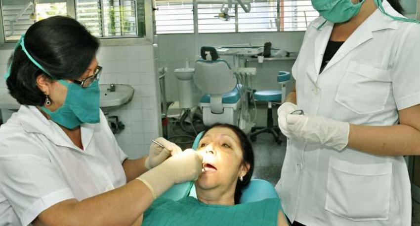 Santiago de Cuba reporta mayor incidencia de cáncer bucal, principalmente entre mujeres jóvenes