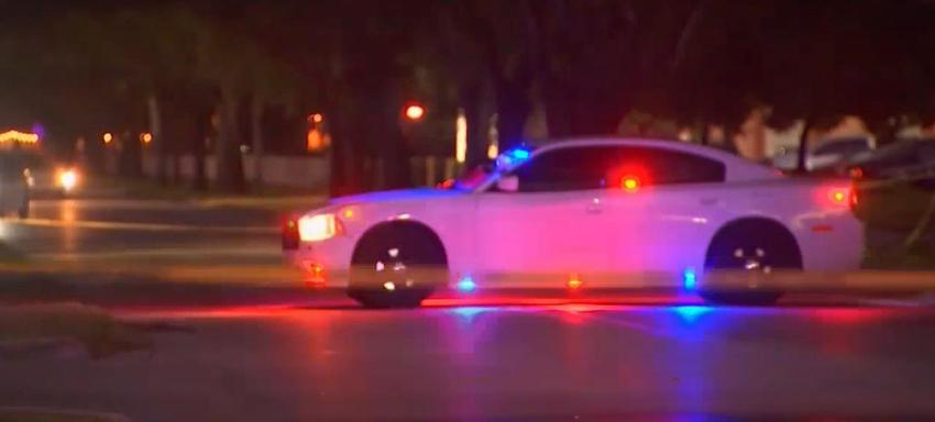 Buscan a conductor que atropelló a una anciana en Miami Lakes, y se dio a la fuga, luego de dejarla gravemente herida