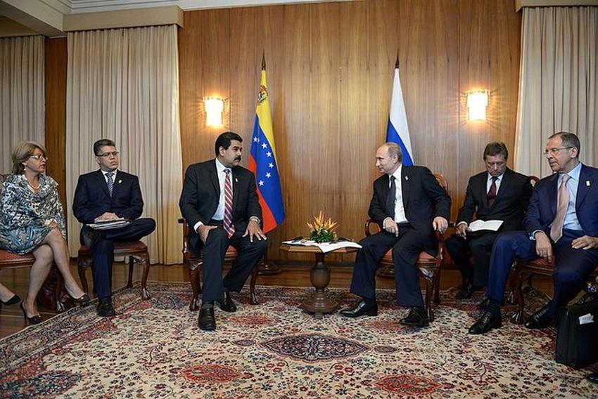 Putin sale en defensa de Maduro y acusa a Estados Unidos de intentar sacarlo del poder