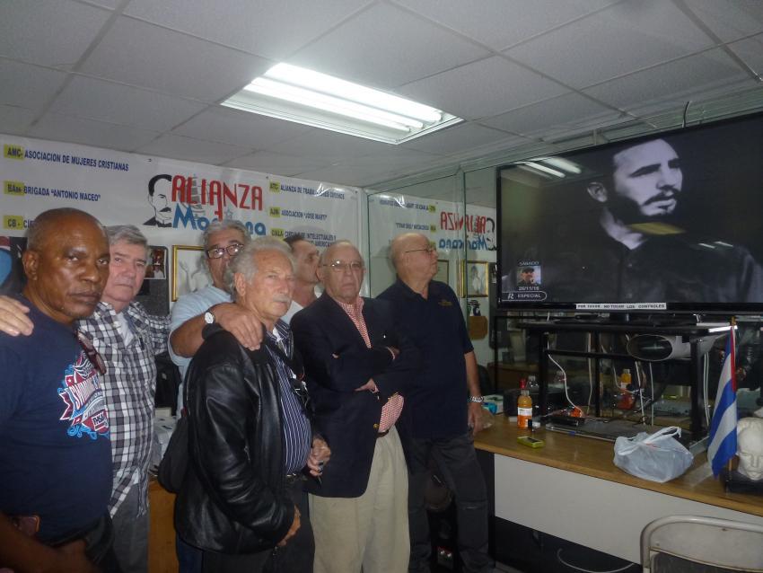 Grupo de cubanos en Miami defensores de la dictadura en Cuba condenan implementación del título III de la ley Helms Burton