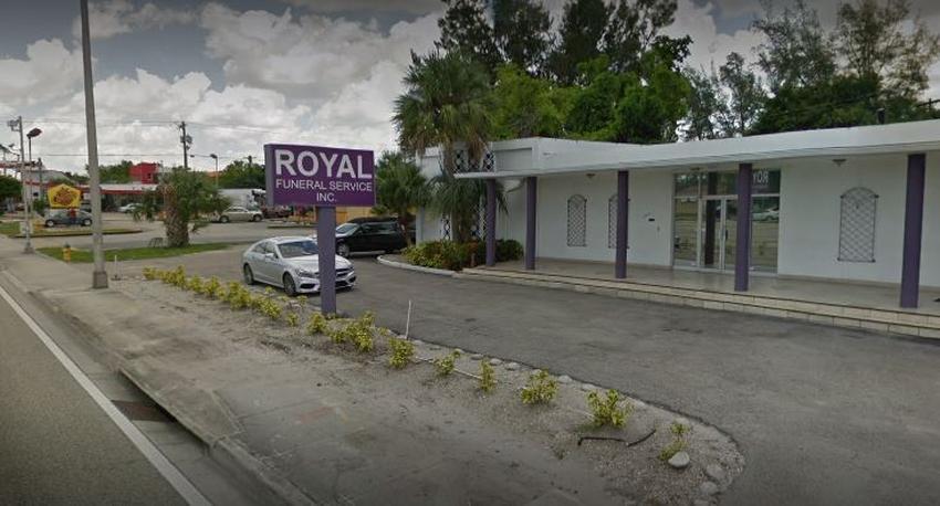 Encuentran un cuerpo fuera de una funeraria en Miami Gardens