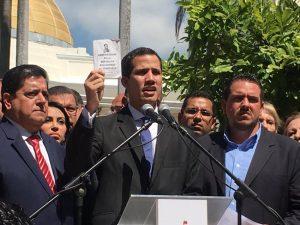 Presidente legítimo de Venezuela, Juan Guaidó, envía carta a todas las embajadas para que no acepten la expulsión de Maduro