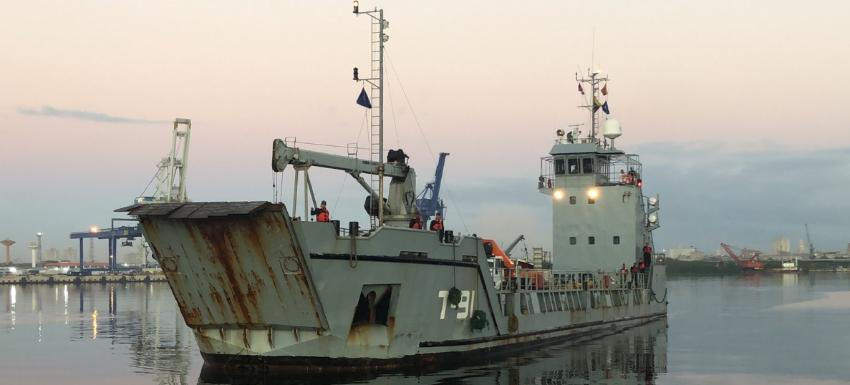 Maduro envía un buque con donaciones a La Habana, mientras bloquea la ayuda humanitaria para Venezuela