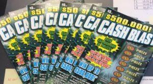 Una mujer de Plantation, Florida ganó $ 500 mil con raspadito Cash Blast