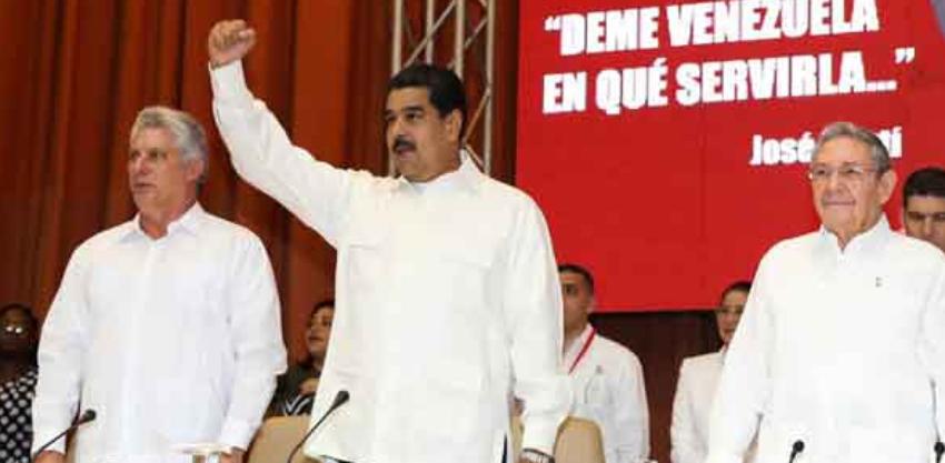 """Diputado venezolano Julio Borges lamenta que el régimen cubano haya """"colonizado"""" a su país"""