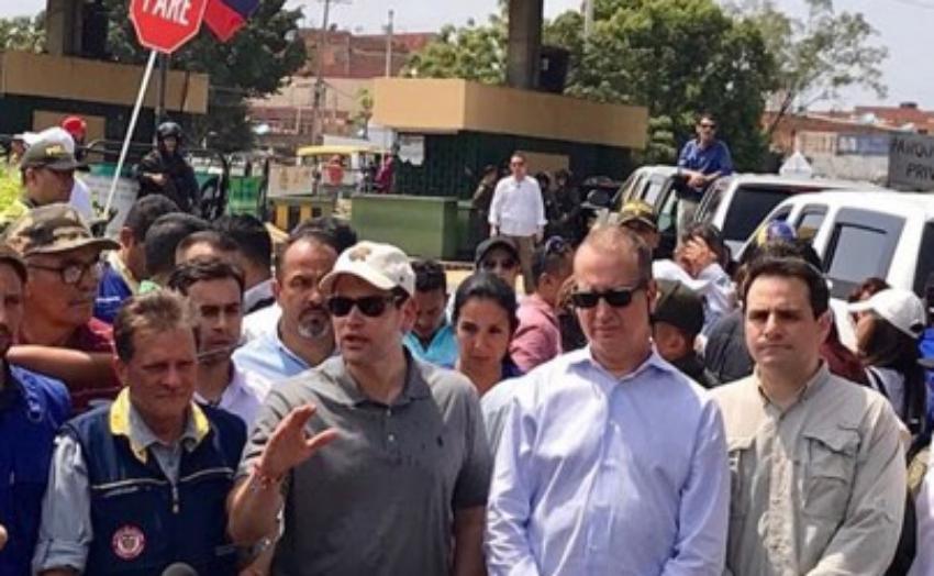 """Marco Rubio advirtió a los militares venezolanos que quien impida la entrada de ayuda humanitaria """"pasará el resto de su vida huyendo"""""""