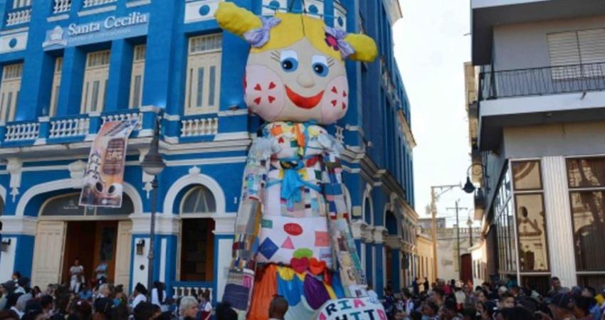 La Mayor de las Antillas busca ganar otro récord Guinnes por la muñeca de trapo más grande del mundo