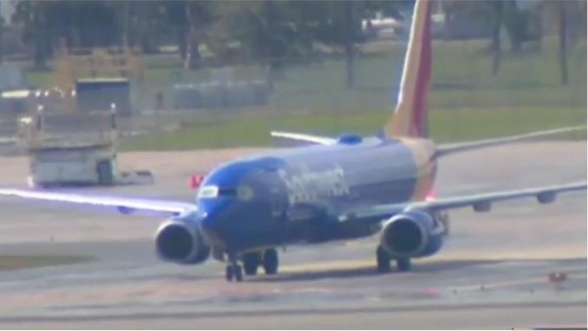 Vuelo de Southwest Airlines realiza aterrizaje de emergencia en Orlando luego que un neumático explotara tras el despegue en Fort Lauderdale