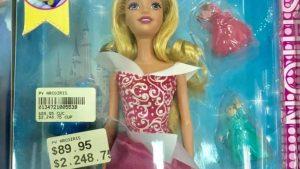 Tienda estatal en Cuba vende  muñeca por casi 90 CUC