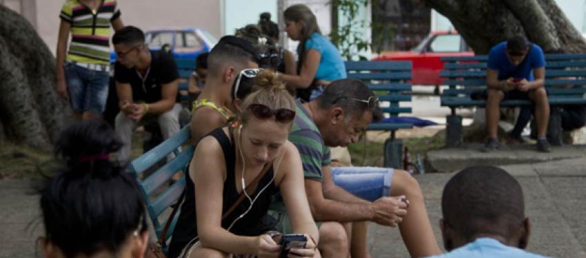 Usuarios reportaron caída de la red celular en varias zonas del occidente de Cuba