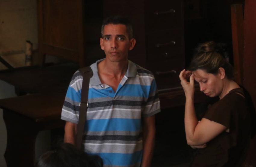 Condenan en Guyana a un médico cubano y su esposa por presentar pasaporte falso de Perú a las autoridades