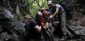 Unos 300 migrantes cubanos se internan en la selva del Darién con la esperanza de llegar a EEUU