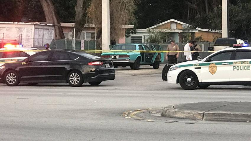 Encuentran hombre muerto en el maletero de un auto en Miami-Dade