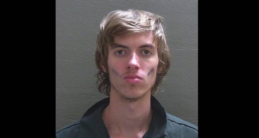 Arrestan a joven después de que condujera hasta una pista activa del aeropuerto de Pensacola para cocinar