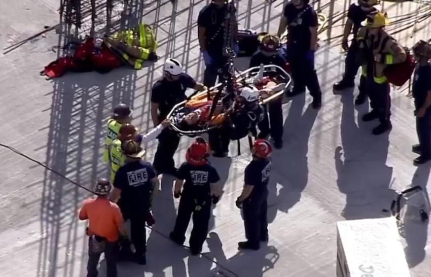 Trabajador tuvo que ser rescatado con una grúa tras sufrir accidente en el quinto piso de una construcción