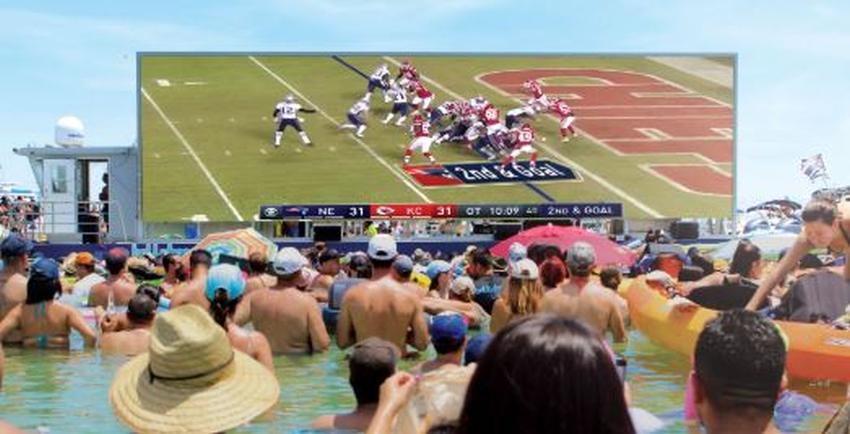 Con gigante pantalla flotante Virginia Key Beach espera el partido del Super Bowl con una super fiesta