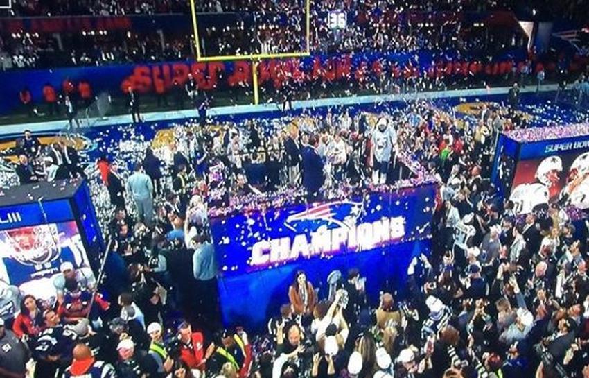 Los Patriots vencen a los Rams en el Super Bowl 13 a 3