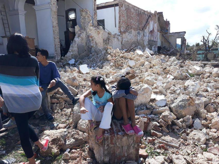 Más de 3.300 víctimas del tornado en La Habana se beneficiarán de una donación de 300 mil euros de la Unión Europea