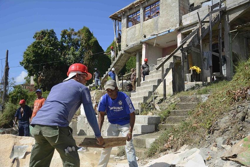 El estado está pidiendo 13.500 pesos a una damnificada para pagar los materiales de la reconstrucción