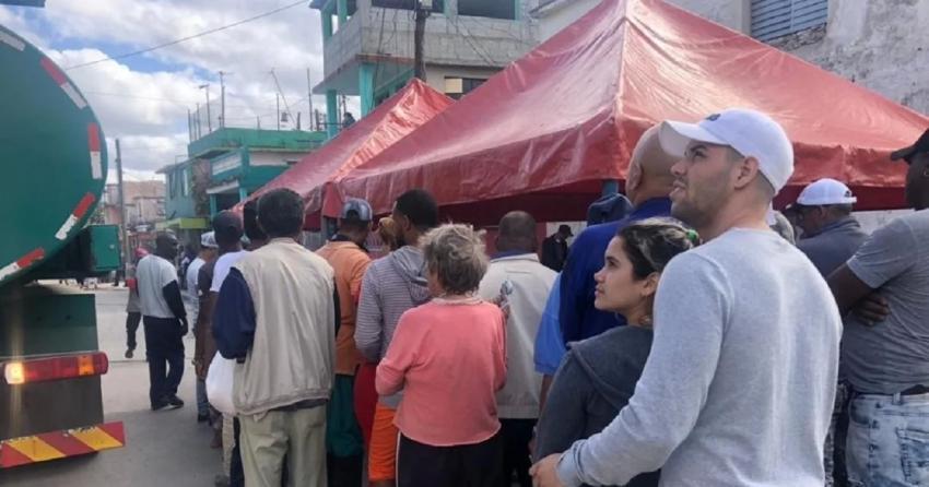 """Comunicado oficial del gobierno de Cuba sobre alimentos a los damnificados: """"Ofrecemos lo básico y el resto lo cobramos"""""""