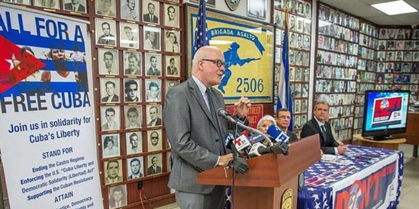Organización opositora en el exilio pide implementación total de la Ley Helms-Burton