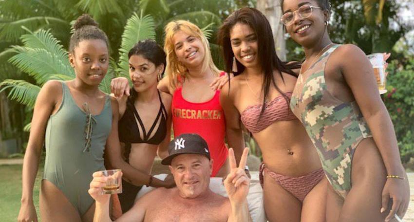 Llaman enfermo y pedófilo a empresario canadiense por publicar vídeo de adolescentes cubanas bailando en su fiesta privada en La Habana