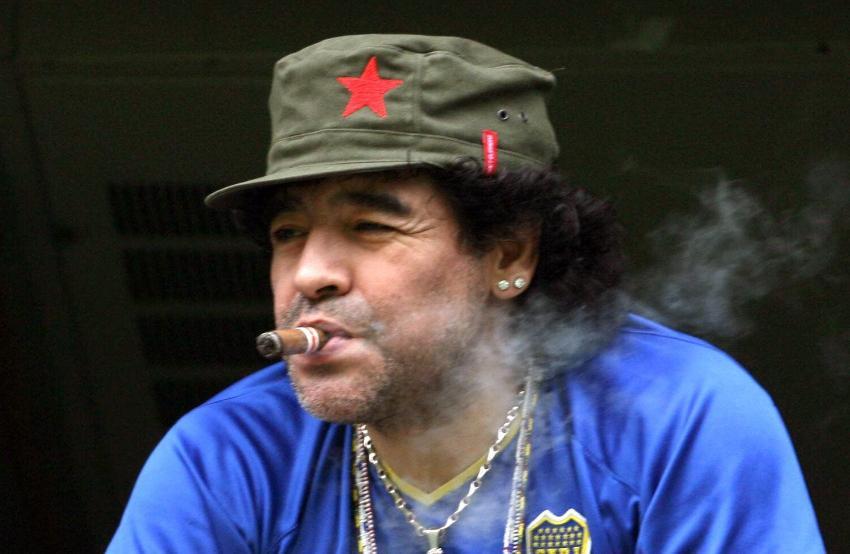 Maradona tiene tres hijos en Cuba de dos madres diferentes, el ex futbolista aún no los reconoce