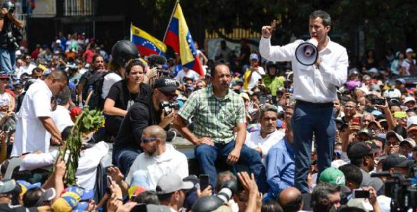 Guaidó convoca a una nueva gran protesta en Caracas contra Maduro