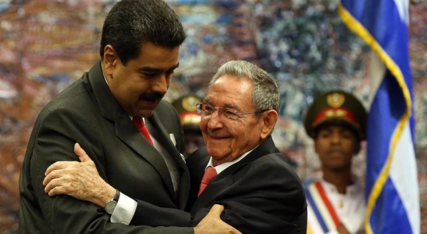 Intelectuales denuncian la injerencia del régimen de La Habana en Venezuela, y exigen la salida de los cubanos de ese país