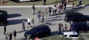 Se suicida segundo sobreviviente de la masacre de Parkland, confirma la policía