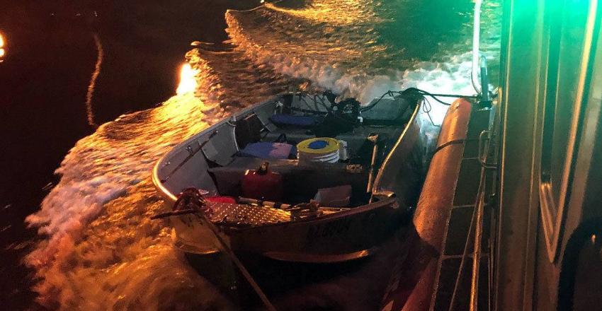 Barco impacta un bote de pescadores en Dania Beach