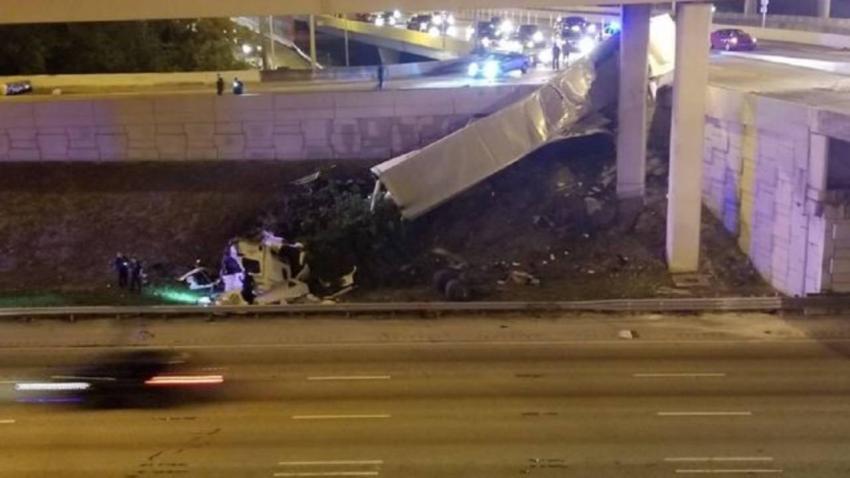 Conductor se sale de la rampa en la I-95 y se encuentra en estado crítico