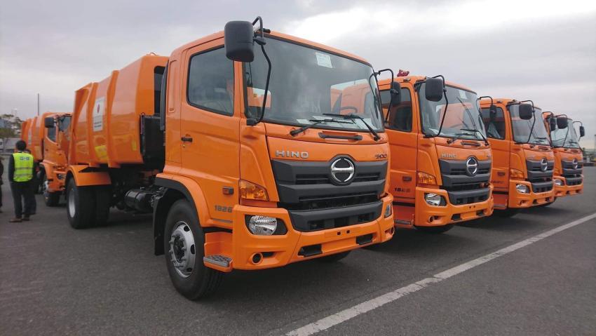 Ruedan por las calles de La Habana los camiones de basura donados por Japón