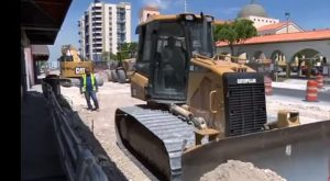Reparaciones en la Calle Flagler no tienen fin; vecinos y comerciantes del área expresan su indignación
