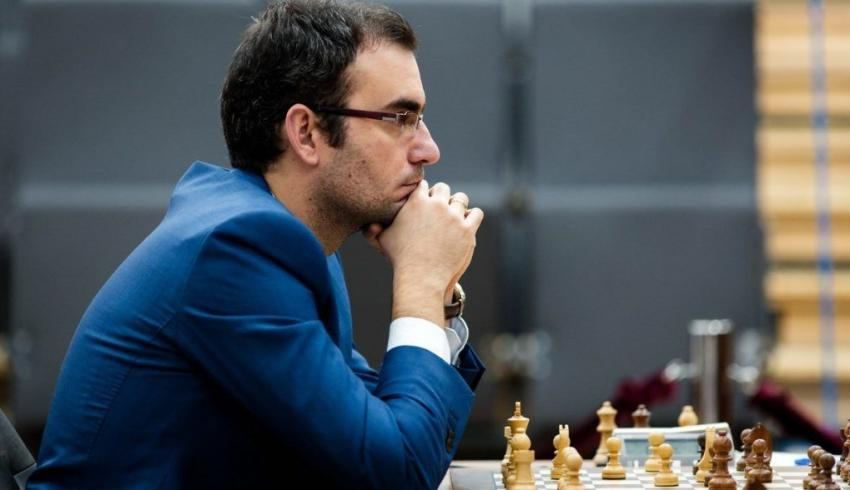Gran Maestro cubano Leinier Domínguez competirá esta semana en torneo de élite como miembro de la Federación de Ajedrez de EEUU