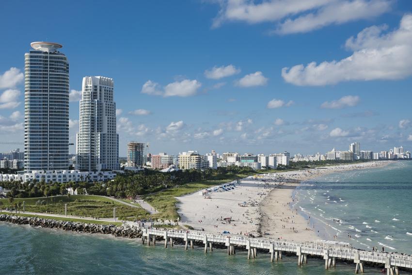 Aviso emitido para los navegantes y bañistas en Miami Beach a medida que se desarrolla un sistema de baja presión en la costa de Florida