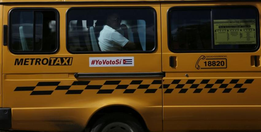 Taxis estatales para el pueblo en La Habana, funcionan como transporte para turistas o para quienes pagan en divisa