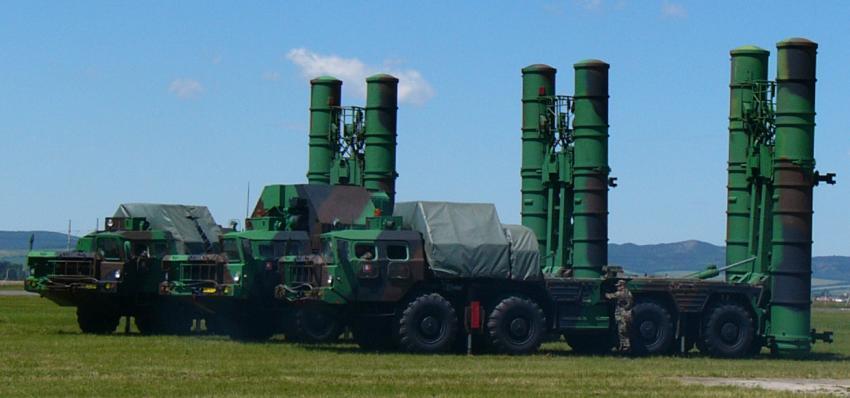 Maduro se prepara para una guerra: Despliegan misiles rusos S-300 en Venezuela
