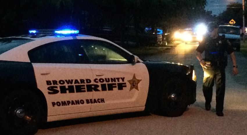 Ofrecen recompensa de hasta $ 3.000 por información que conduzca al arresto en caso de puñaladas fatales en Pompano Beach