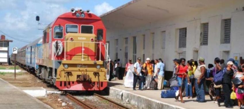 Nuevo tren de pasajeros con ruta Santiago-Habana comenzará a operar este verano
