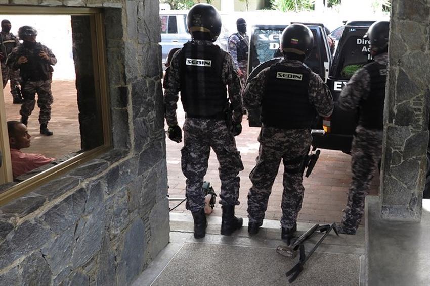 Agentes de Maduro arrestan al jefe de despacho de Juan Guaidó